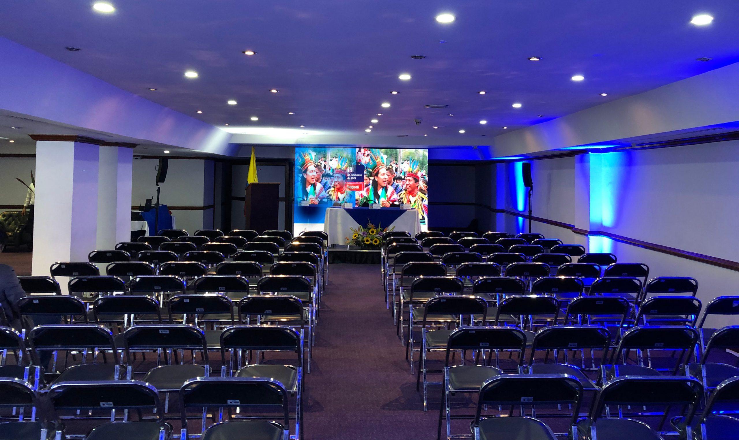 Salones de eventos y convenciones